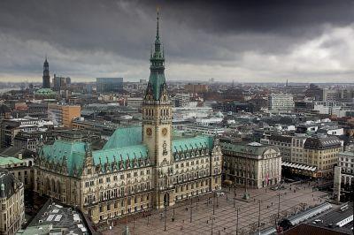 Rathaus vom St. Petri aus